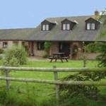 Farmhouse B&B. self catering accommodation, fishing and craft activities